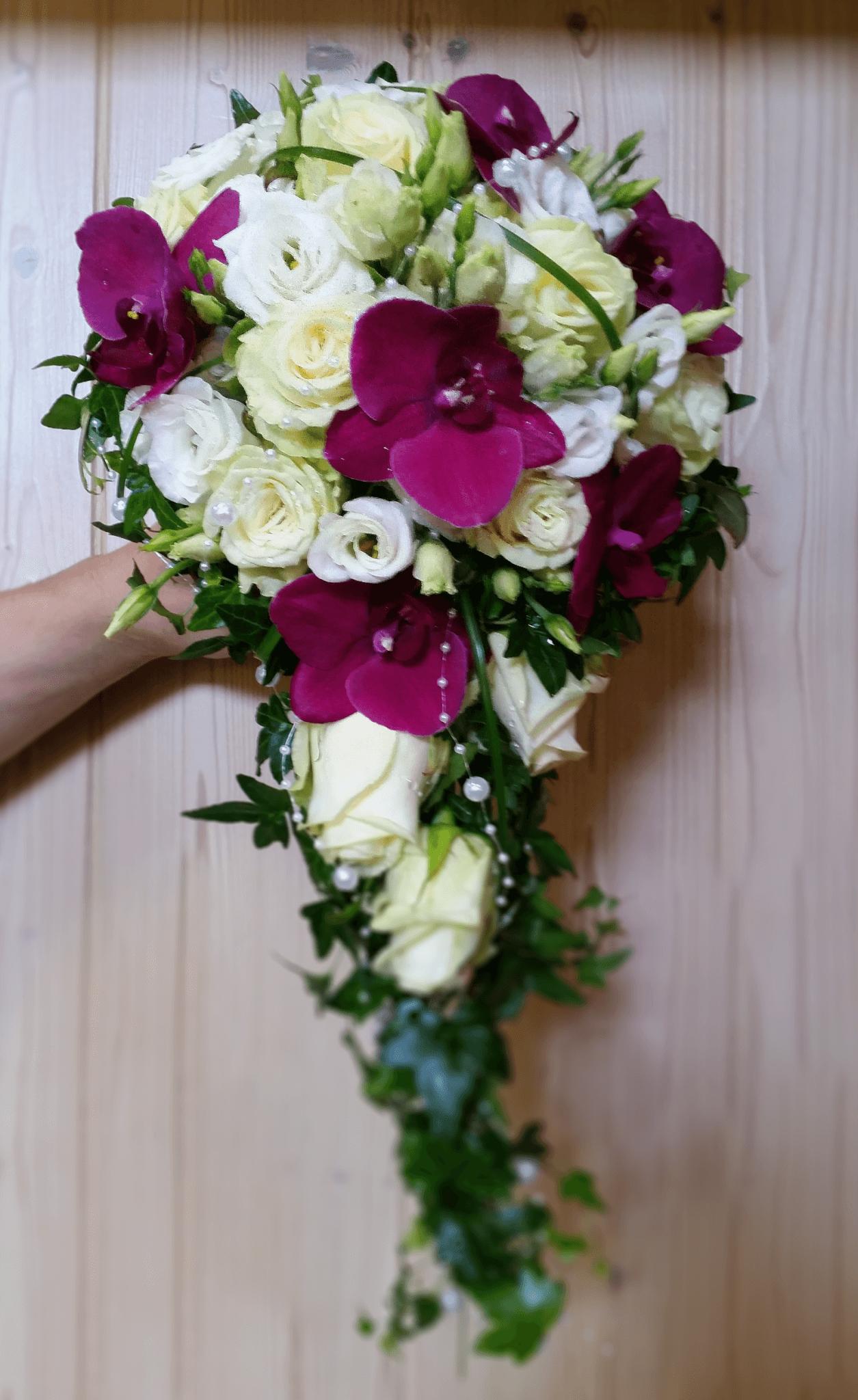 Hochzeit Blumen Fur Ihre Traumhochzeit Blumenhaus Wartner In Regen