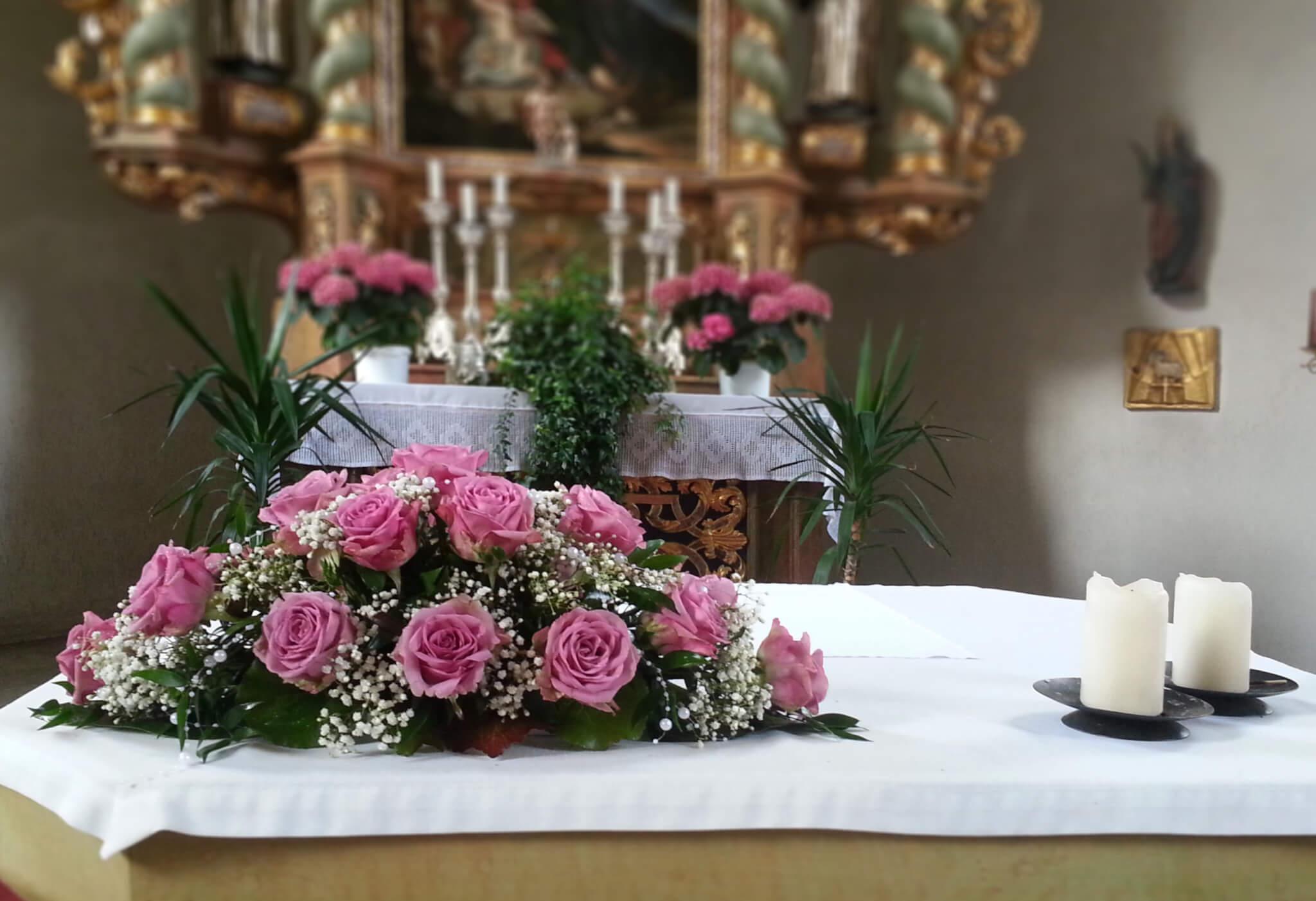 Kirchendeko für Hochzeit